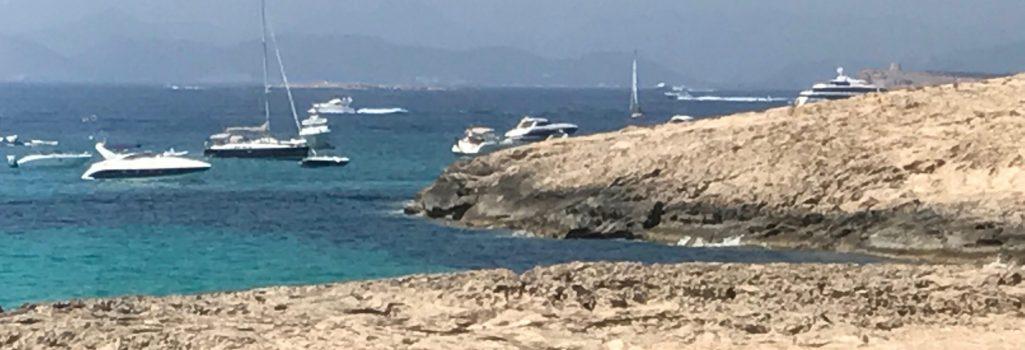 Playa de Illetes, Formentera con fusion Yachts